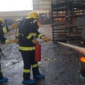 בטיחות כיבוי אש - שימוש במטף